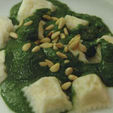 NETTLE PESTO WITH RAVIOLI
